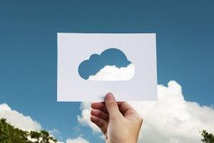 Облачные технологии на пике популярности. Причина?